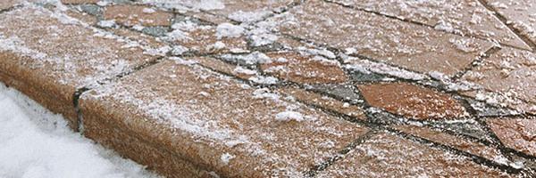 Камень зимой